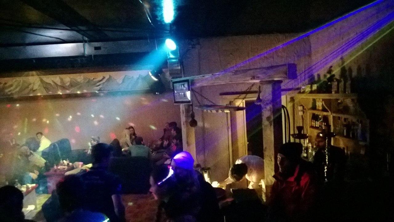Ночные клубы на домбае хантер клуб ночной